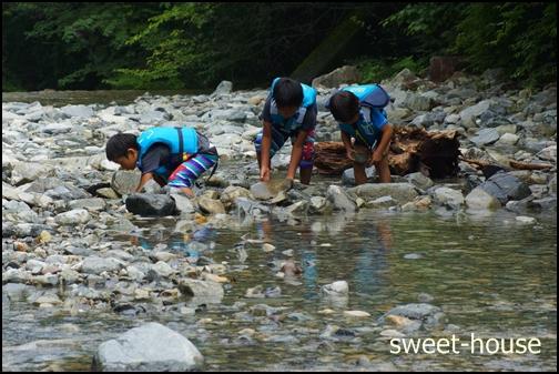 DSC02023 川遊び 温泉