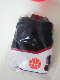 黒子のバスケカプセルグッズペンケース (2)