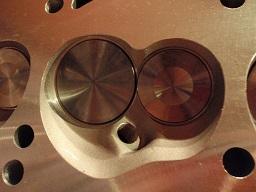 302エンジンアルミヘッド燃焼室