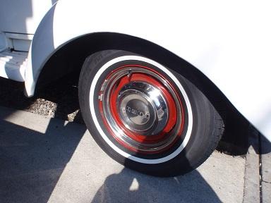 ホワイトリボンタイヤ (2)