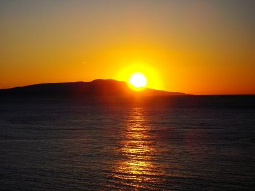 大島と朝日