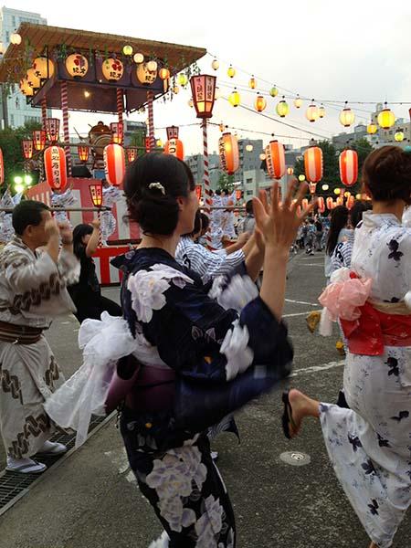 築地本願寺盆踊り3