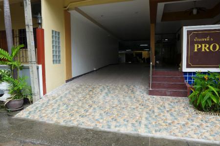 Promsak floor (3)