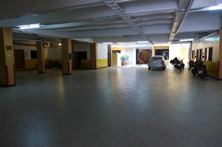 Promsak floor (4)