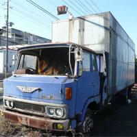 放置されたトラック