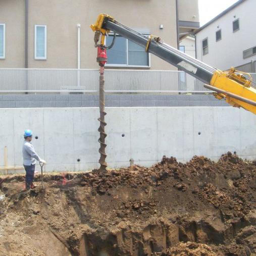 穴掘建柱車2