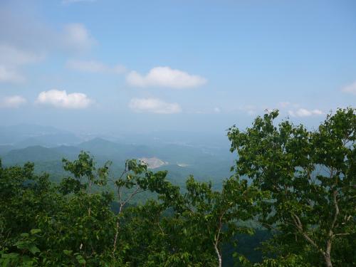 登山口、藻岩山方面は晴れてるのに…