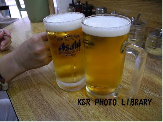 島木屋で生ビール