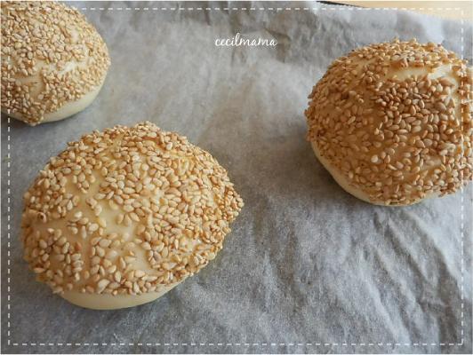 白ごまパン