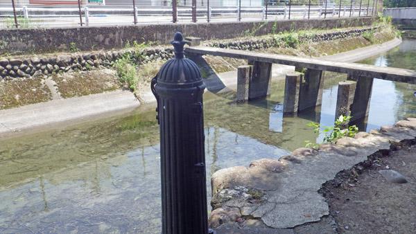 田村分水 玉川上水からの取り入れ口