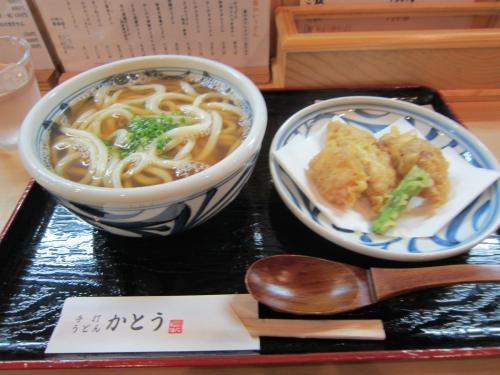 かしわ天ぷらうどん ¥750