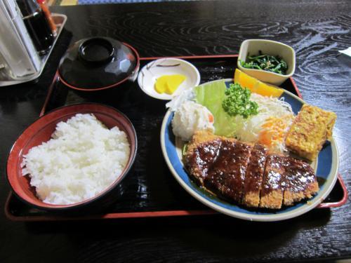 ランチ定食(肉) ¥800