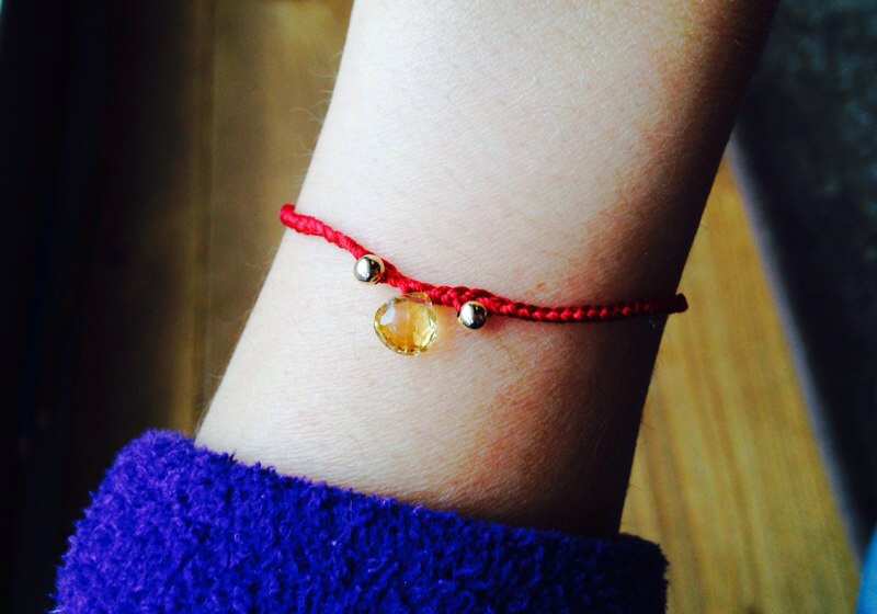 赤い糸ブレス1