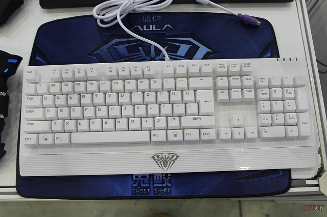 AULA_Mechanical_Keyboard_13.jpg