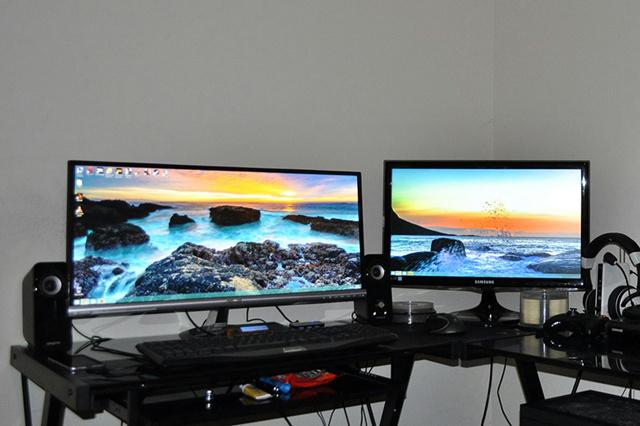 Desktop_UltlaWideMonitor2_62.jpg