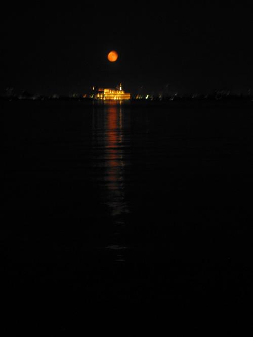 moon_13_9_21.jpg