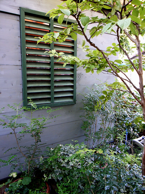 小屋の外壁