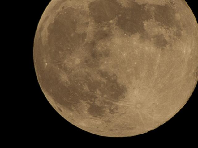 満月のアップ