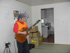 サロン(ギター)1