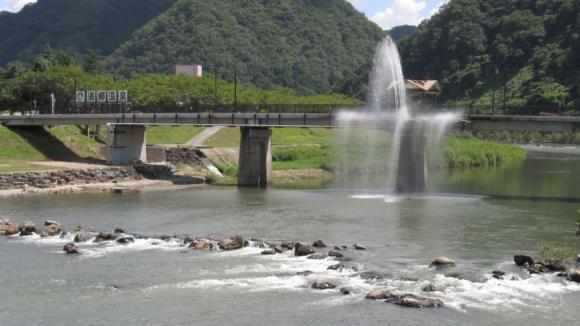 湯郷温泉 ゆうらぎ橋