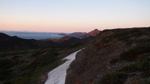 朝焼けのオプタテシケ山