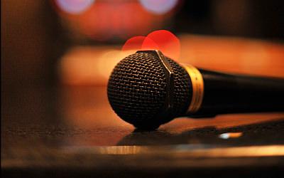 カラオケで女性に歌ってほしい or 男性に歌ってほしい曲はなに?