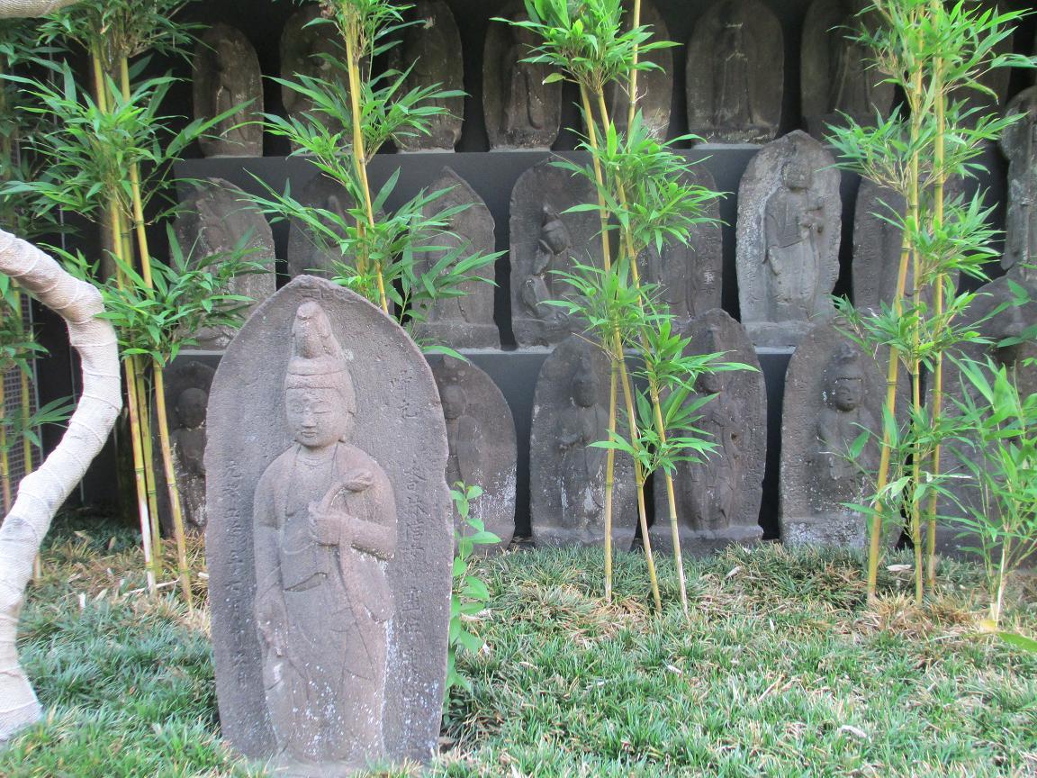 道住寺 石仏1