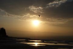 パムッカレ 夕陽にパラシュート