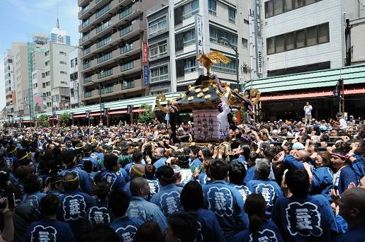 三社祭り1