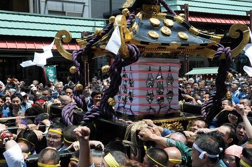三社祭り2
