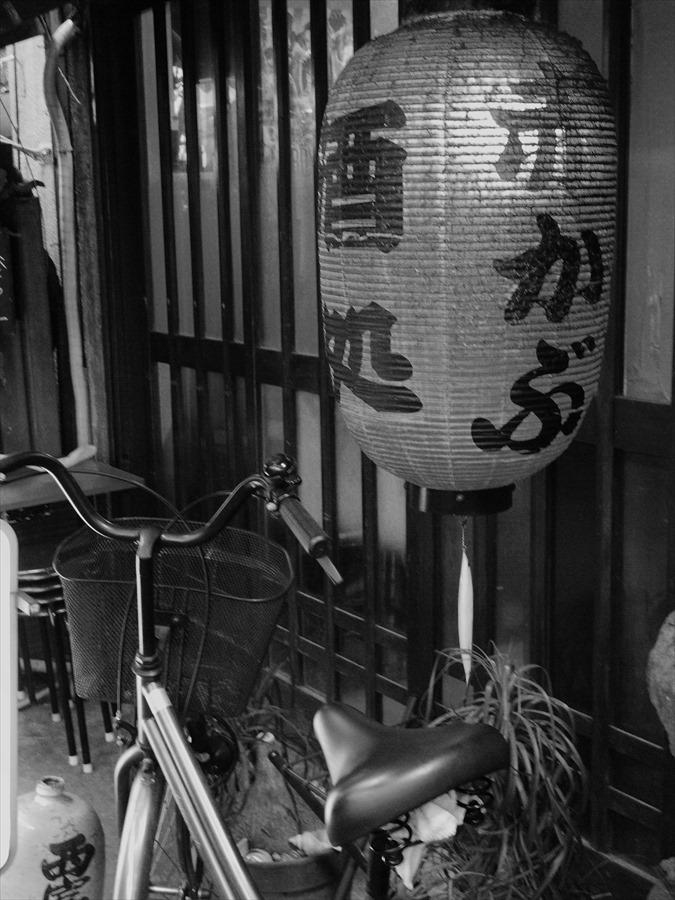 浅草情緒01浅草ちょうちんと自転車05