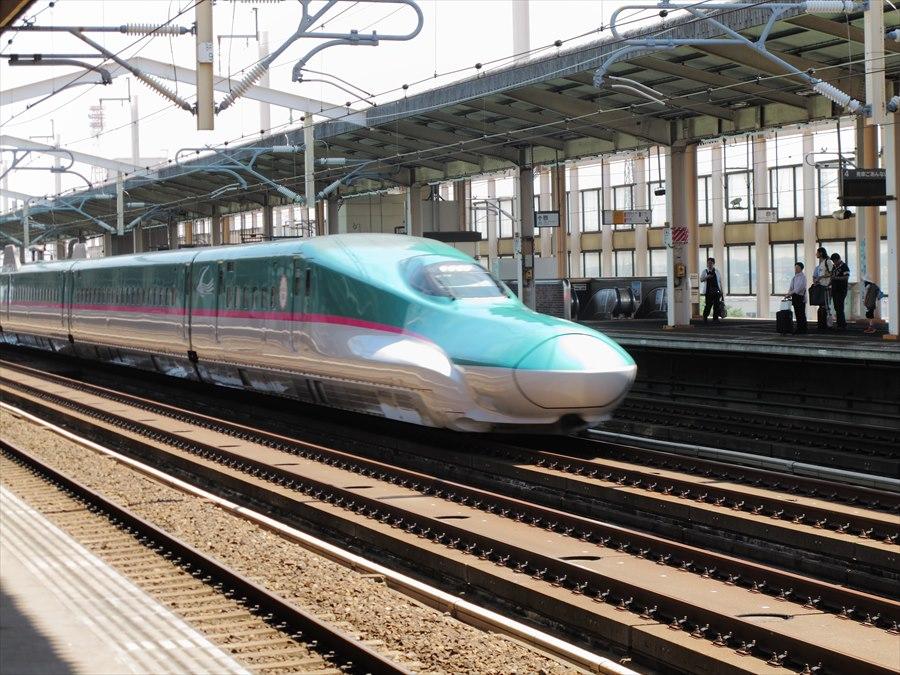 新幹線小山E5通過01