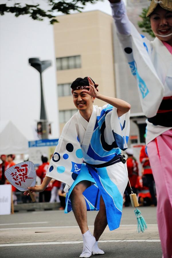 仙台雀踊り阿波踊り舞台03仙台連男単独02