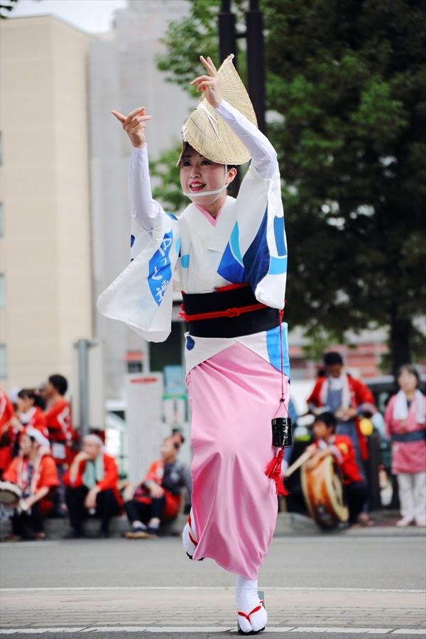 仙台雀踊り阿波踊り舞台03仙台連女性単独05