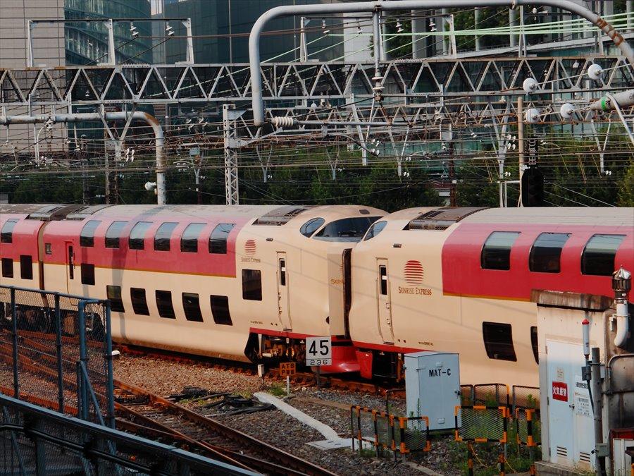 東京駅サンライズ03