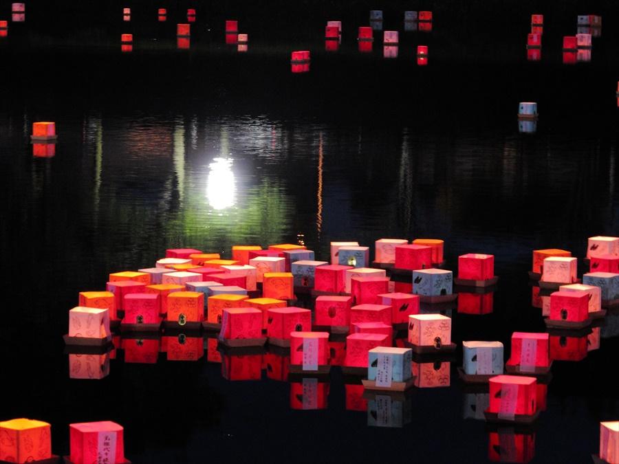 広瀬川灯篭流し02