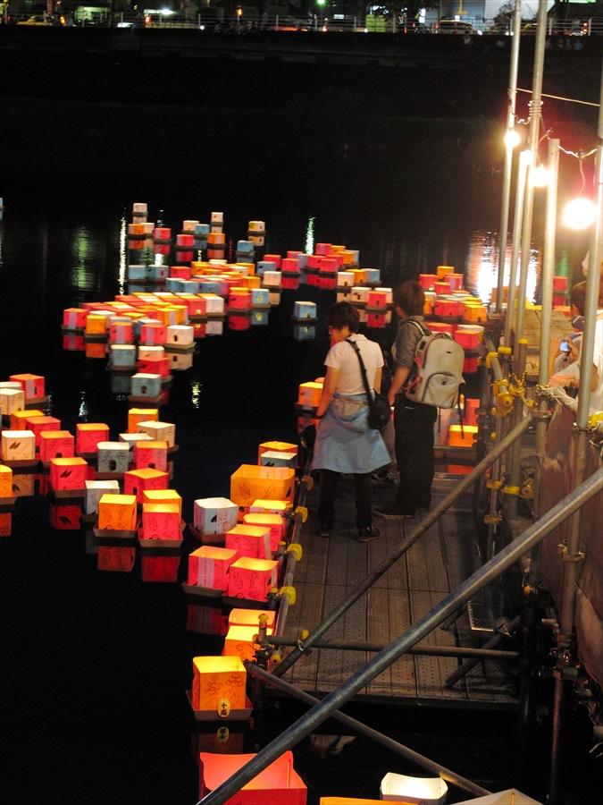 広瀬川灯篭流し05