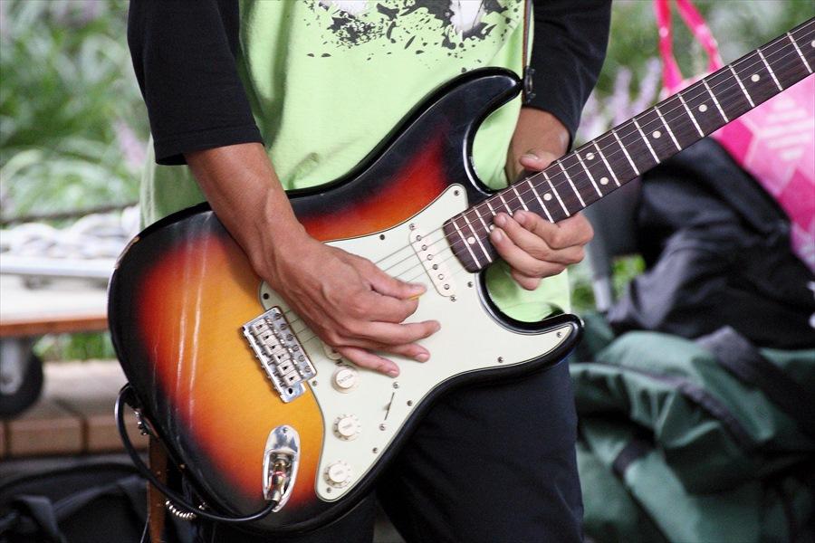 ストリートジャズ01ギター02