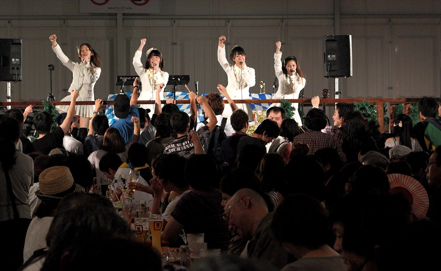 オクトーバーフェスタ仙台食勝負地域アイドル06