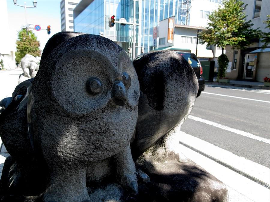 山形市内スナップ彫像03