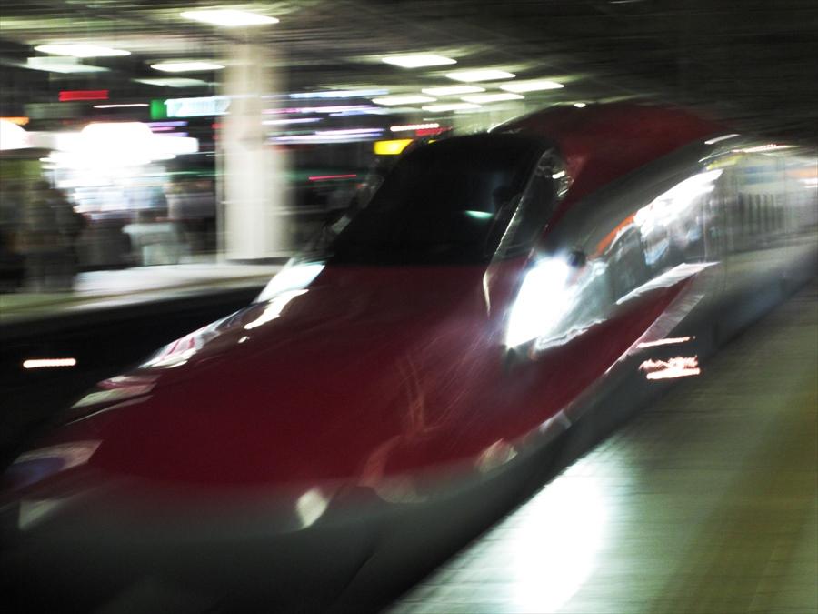 仙台駅発車E6系01