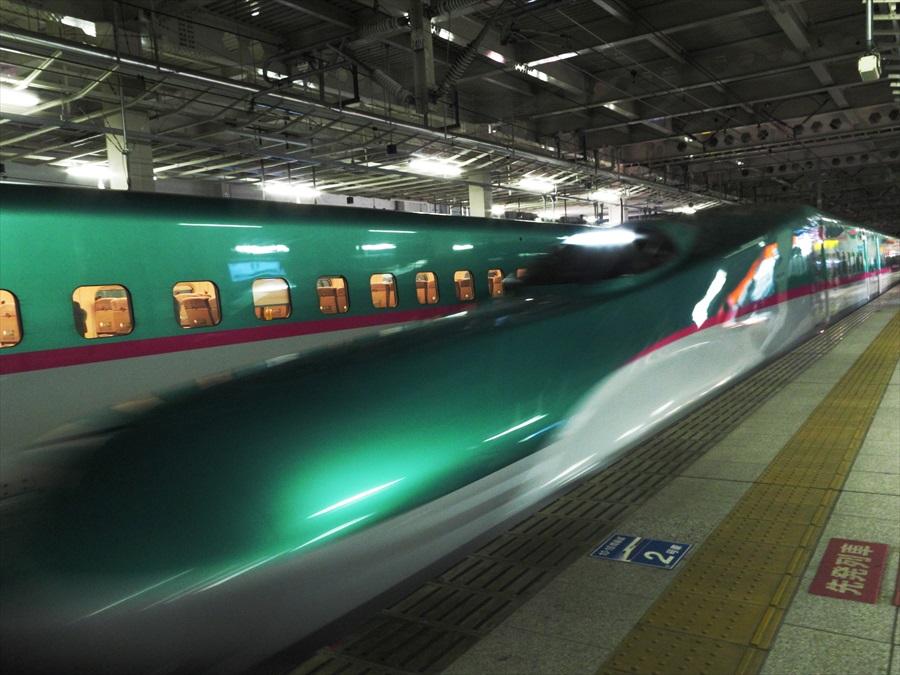 仙台駅到着E5系05