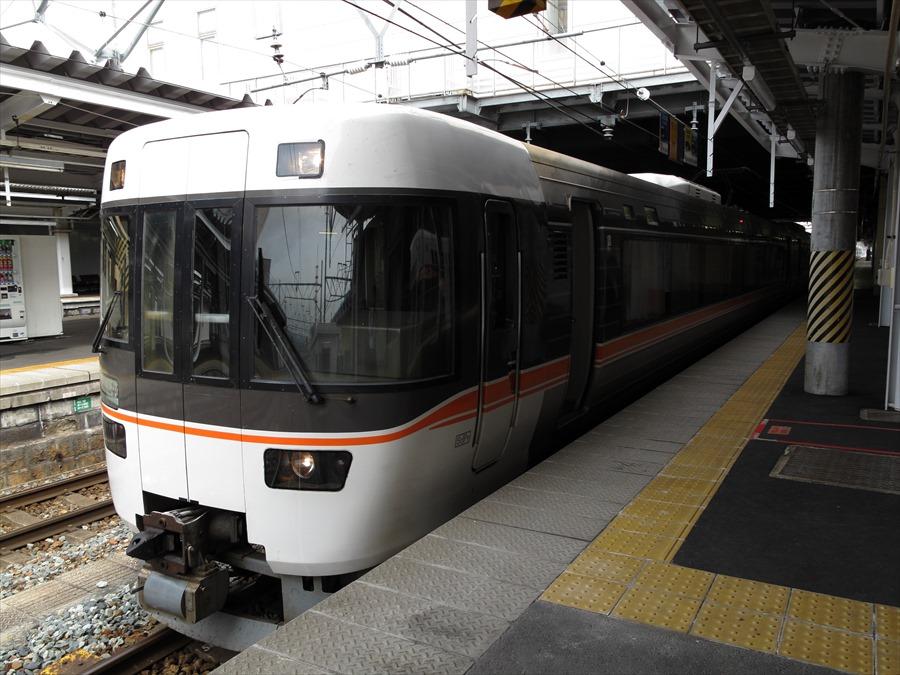 長野駅しなの東海名古屋行き02