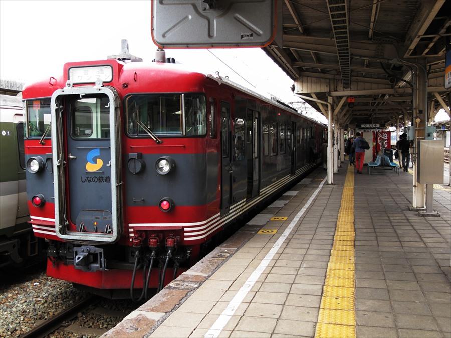 軽井沢小諸間のしなの鉄道電車03