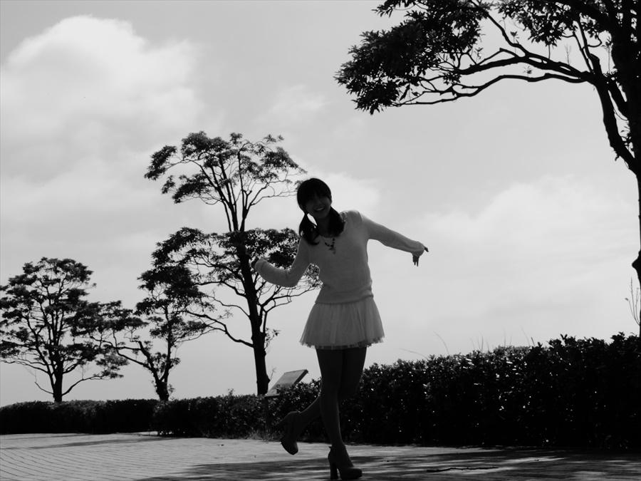 フォトJO桜井ルカその3ぱわモノクロ03