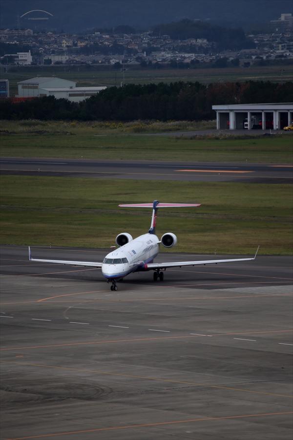 仙台空港撮影IBEX06スポットランウェイ