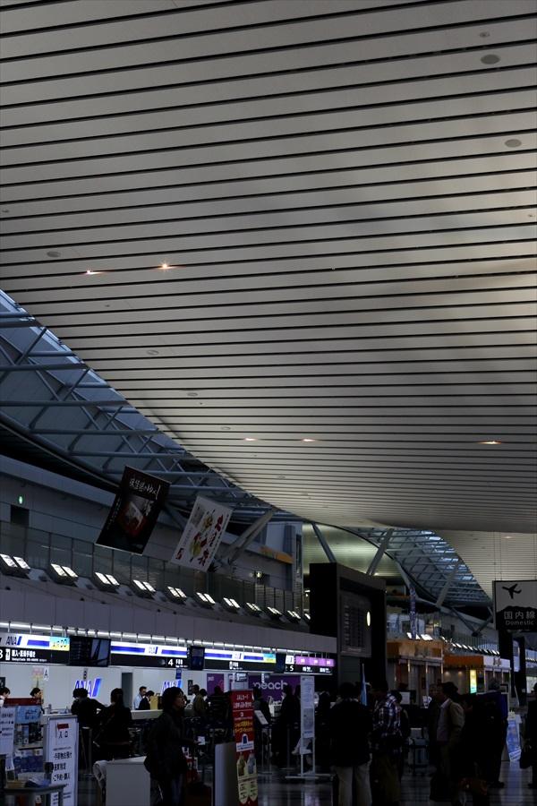 空港エントランス02