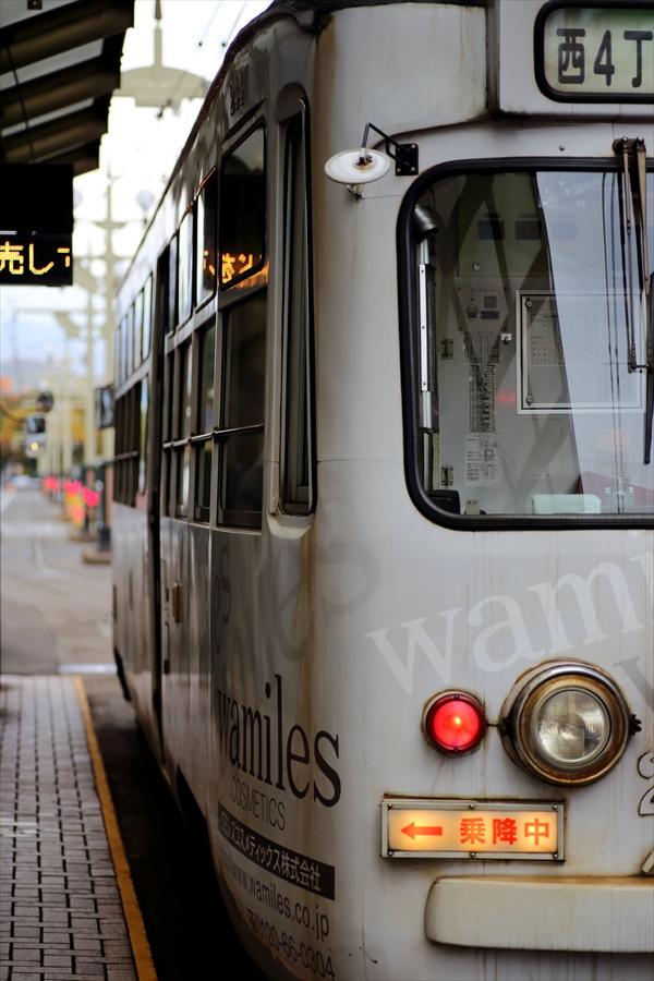 札幌市電と街角03