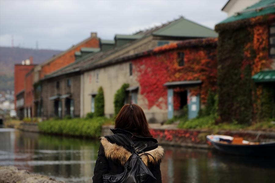 小樽運河02ものおもい女性06