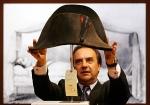 ナポレオンの帽子・オークション風景